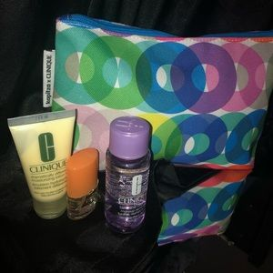 Clinique sample set with cosmetic bag